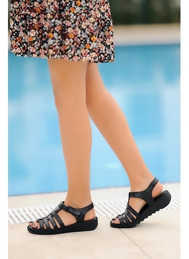 Pembe Potin A020-20 Kadın Sandalet Siyah